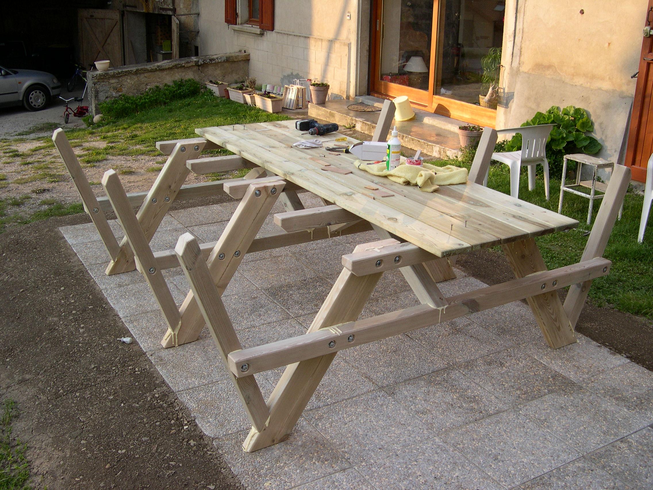 Construction d\'une table pique-nique   Asv850