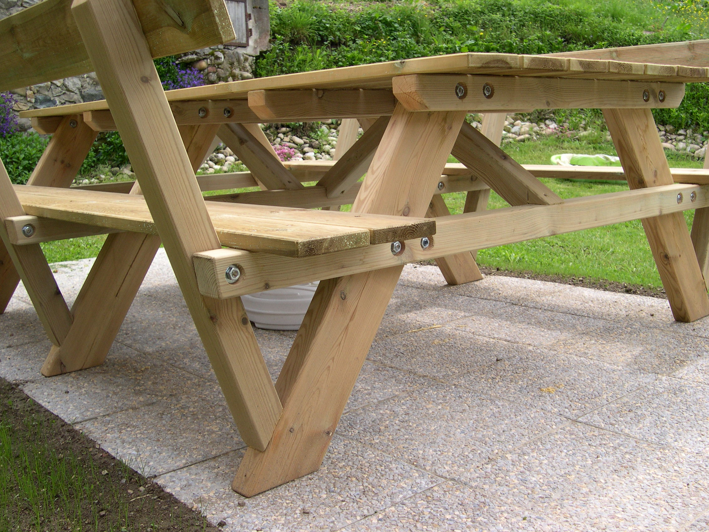 Awesome plan de table de jardin bois ideas for Table de jardin en bois